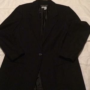 100% Wool Black Blazer!!
